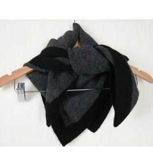 Reformation Dora alpaca scarf